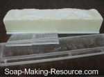 acrylic soap mold disassembly method