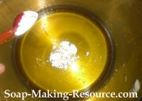 Adding Cornstarch to the Body Butter Batch