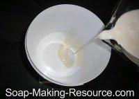 Measuring Walnut Milk