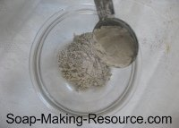 Measuring Out Bentonite Clay